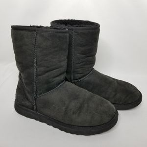 UGG Classic Short 5825 Shearling Lined Suede Boots
